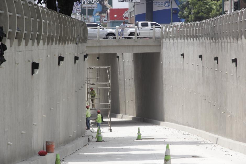 El paso a desnivel de la Guardia de Honor será concluido esta semana, se espera que en los próximos días sea inaugurado. (Foto: Fredy Hernández/Soy502)