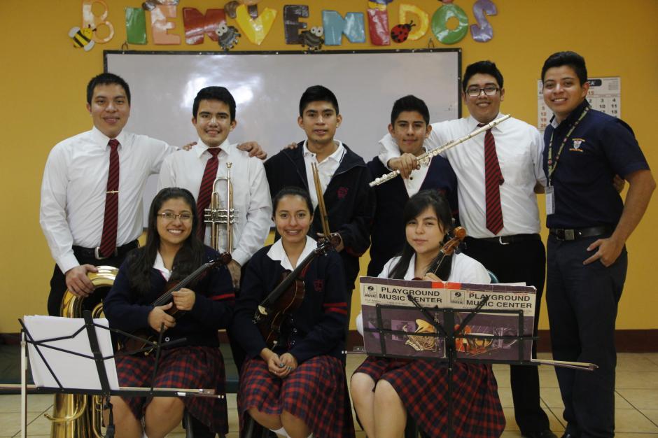 Los integrantes de la orquesta sinfónica La Patria fusionarán su talento con otras orquestas en el primer festival intercolegial a celebrarse el 14 de agosto en el Conservatorio Nacional de Música. (Foto: Fredy Hernández/Soy502)
