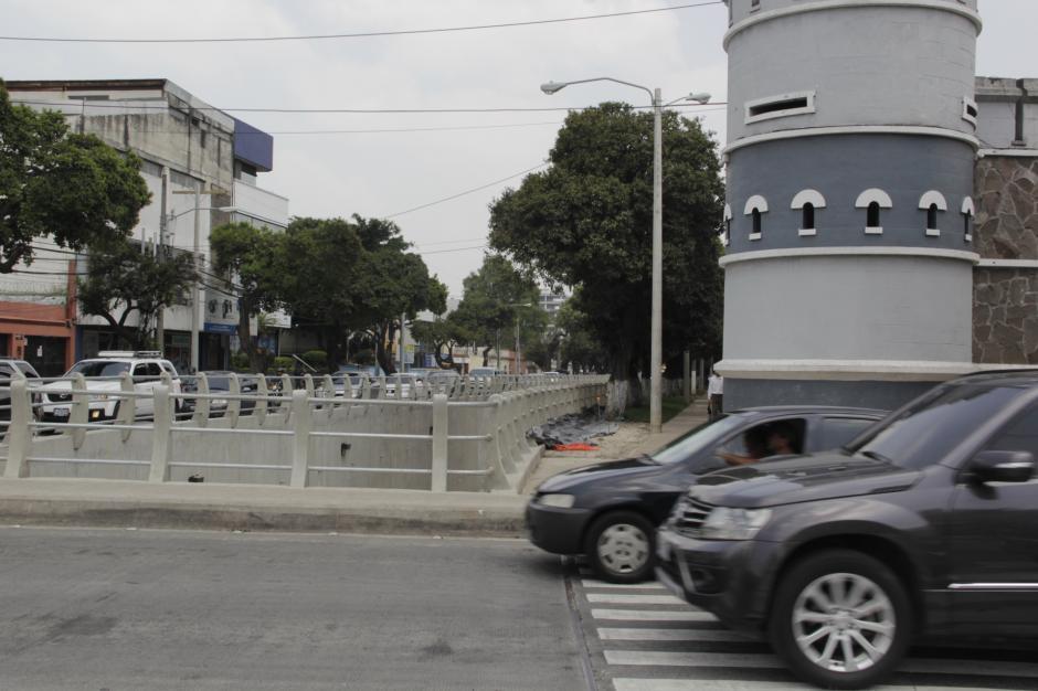 El tráfico se ha visto complicado por las obras que se realizaron en la segunda calle y sexta avenida de la zona 10. (Foto: Fredy Hernández/Soy502)