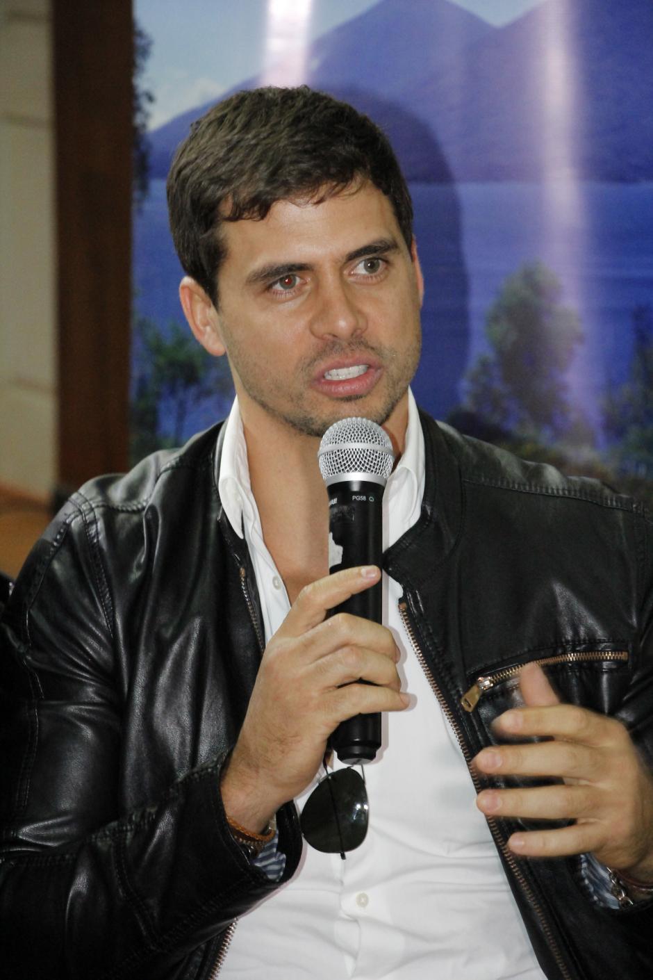 El actor Pedro Moreno dijo sentirse emocionado por estar en el país para darle un toque distinto al melodrama.(Foto: Inguat)