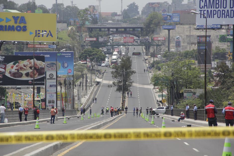 El cierre del puente Belice generó congestionamiento vial por varios minutos en la ciudad. (Foto: Fredy Hernández/Soy502)