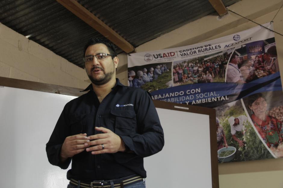 Rolando López, de Agexport, colabora con esta asociación. (Foto: Fredy Hernández/Soy502)