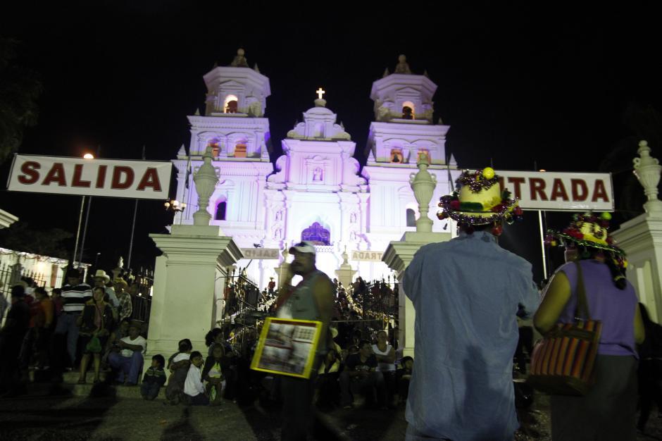 La imagen del Cristo Negro se encuentra en la Basílica de Esquipulas, en Chiquimula. (Foto: Nuestro Diario)