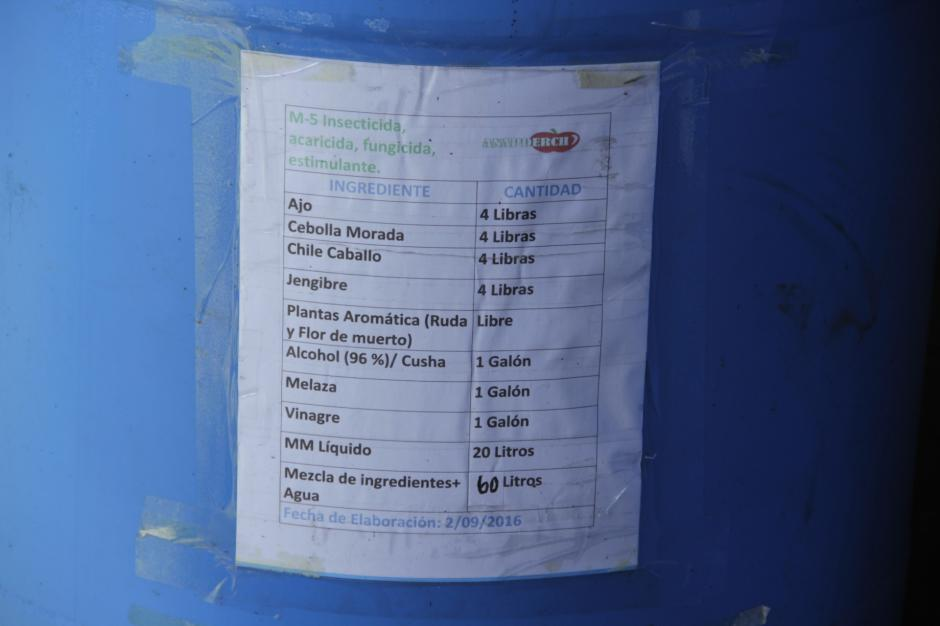 La idea es evitar el uso de los químicos que dañan a la tierra. (Foto: Fredy Hernández/Soy502)