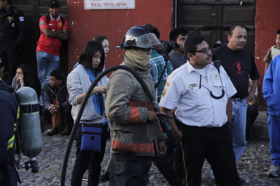 Los bomberos estuvieron atentos ante cualquier incidente. (Foto: Fredy Hernández/Soy502)