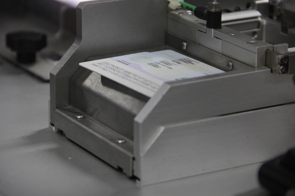 Las máquinas impresoras trabajan las 24 horas del día. (Foto: Fredy Hernández/Soy502)