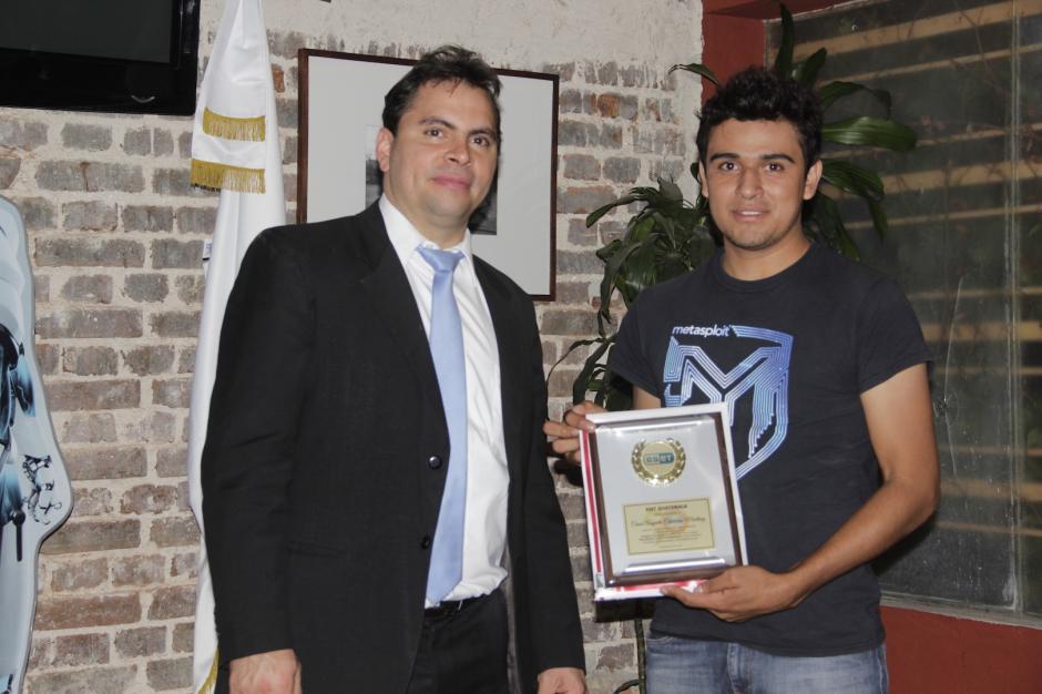 César Calderón obtuvo el segundo lugar del certamen de seguridad informática de Latinoamérica. (Foto: Fredy Hernández/Soy502)