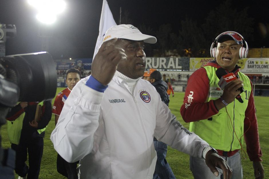 Medford podría volver al fútbol costarricense, a dirigir al Herediano.  (Foto: Nuestro Diario)