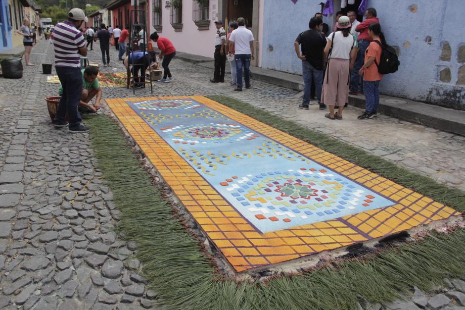 Esta alfombra fue una de las más vistosas. (Foto: Fredy Hernández/Soy502)