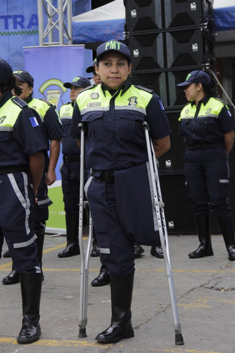 Alejandra perdió la pierna izquierda en un accidente cuando era niña. (Foto: Fredy Hernández/Soy502)