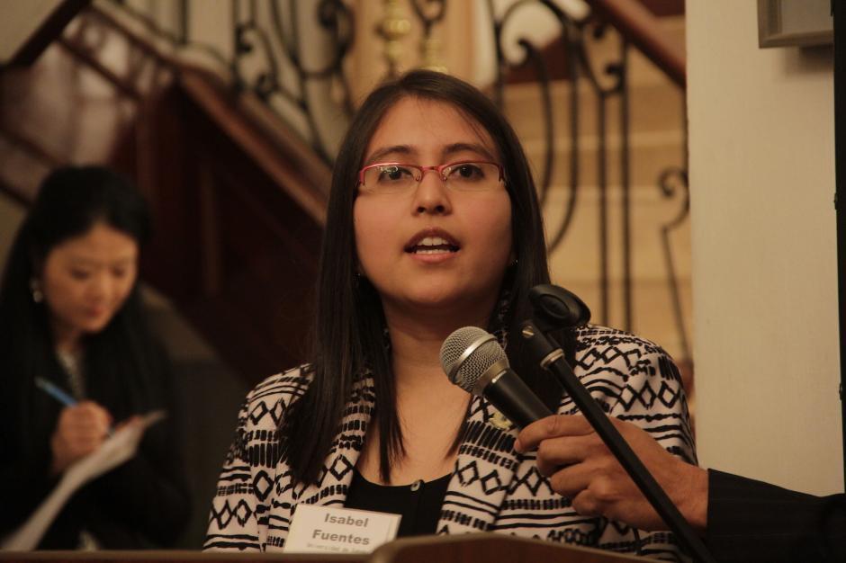 María Isabel Fuentes es la única mujer que viaja en este grupo de becarios. (Foto: Fredy Hernández/Soy502)