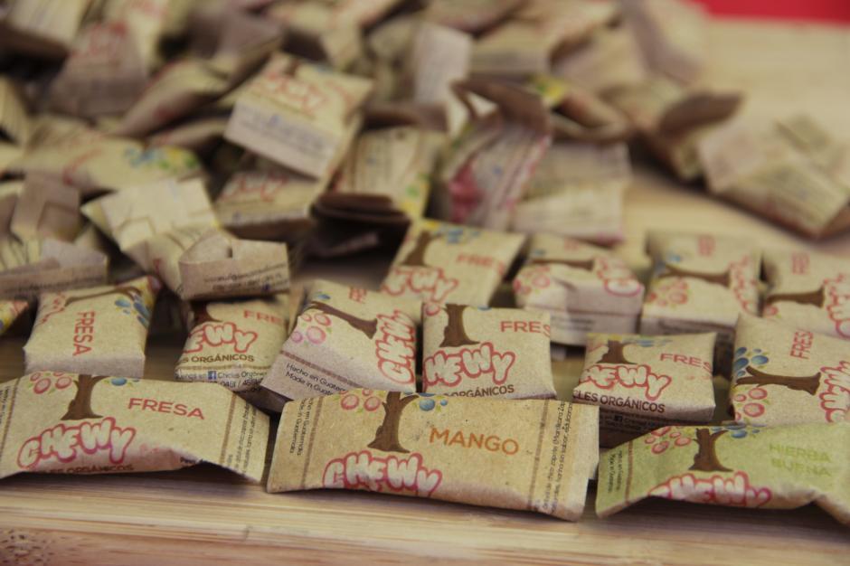 Los chicles orgánicos fueron uno de los productos más solicitados. (Foto: Fredy Hernández/Soy502)