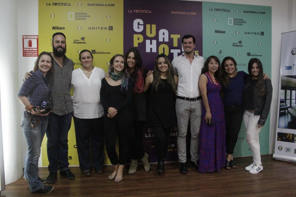 El equipo de la Fototeca está listo para la tercera edición del festival Guatephoto. (Foto: Fredy Hernández/Soy502)