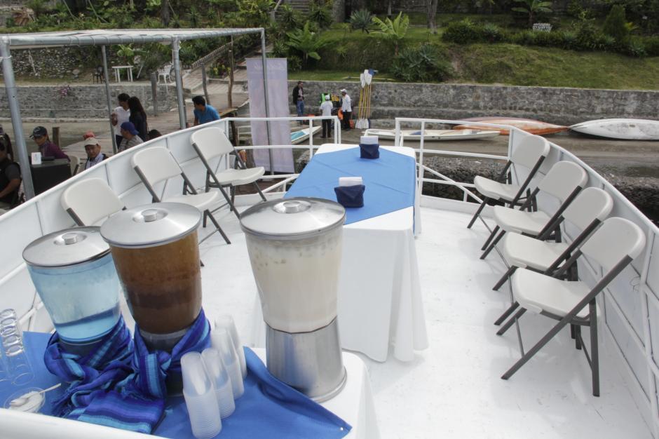 La embarcación tiene tres ambientes para el disfrute del viajero. (Foto: Fredy Hernández/Soy502)