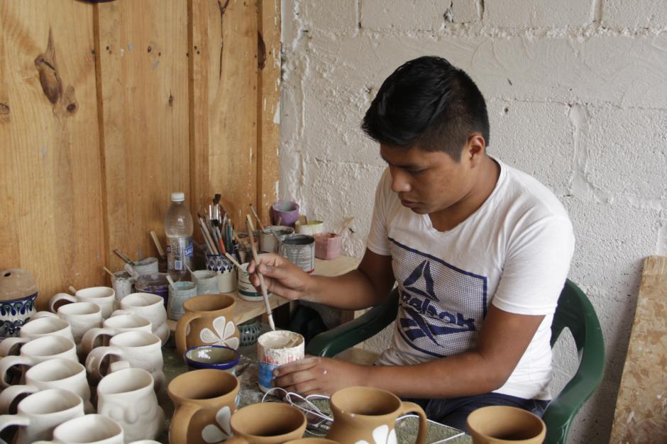 En este lugar, podrás observar la cooperativa que elabora artículos de cerámica. (Foto: Fredy Hernández/Soy502)