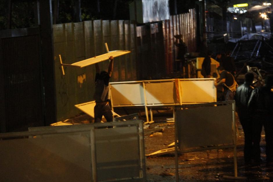 El caos duró cerca de unas dos horas y media en el lugar.(Foto: Carlos Duarte/Nuestro Diario)