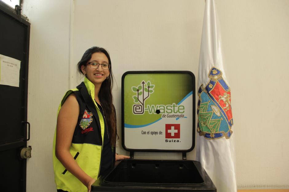 El Centro de Educación Ambiental promueve el reciclaje de desechos electrónicos en la ciudad capital. (Foto: Fredy Hernández/Soy502)