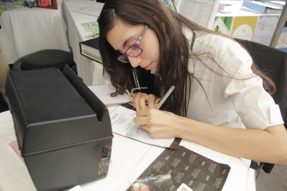 Por cada producto vendido, los alumnos emitieron factura. (Foto: Fredy Hernández/Soy502)