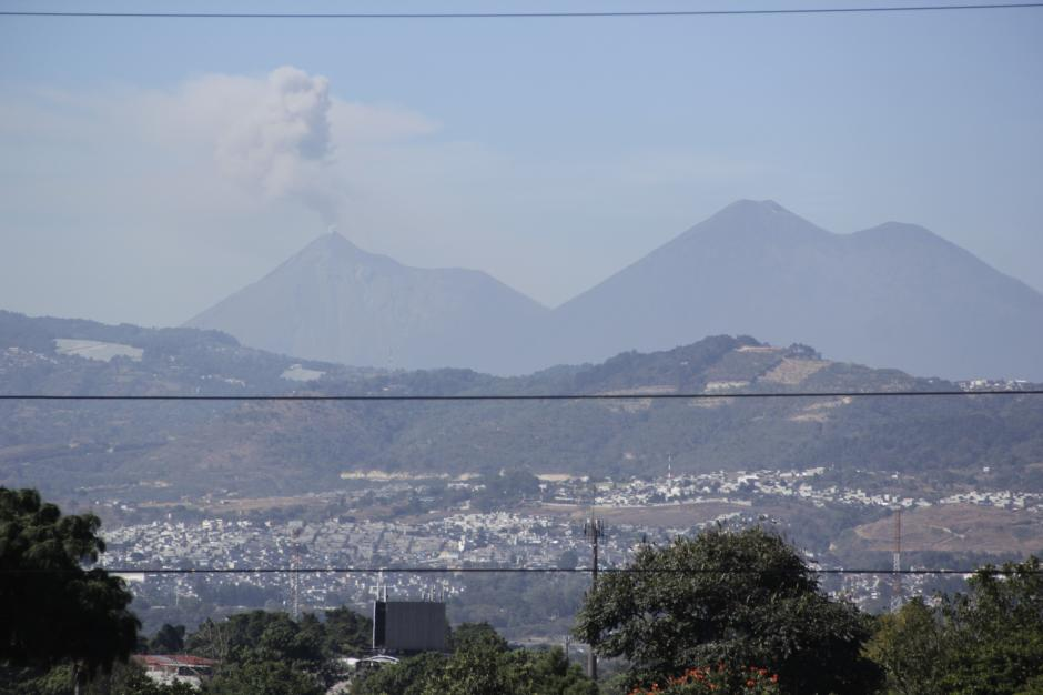 El volcán de Fuego se ha mantenido activo en las últimas horas. (Foto: Fredy Hernández/Soy502)