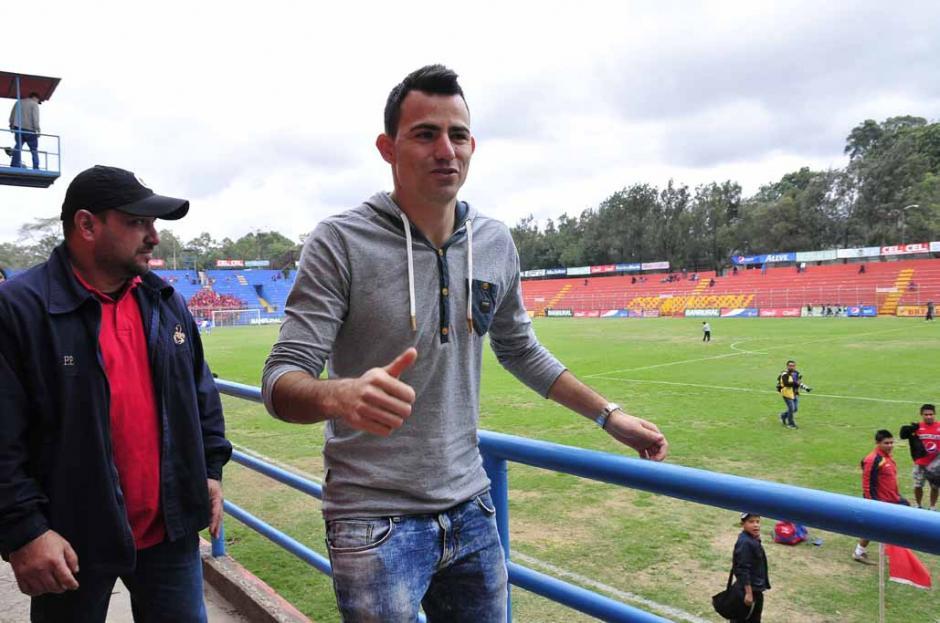 El volante guatemalteco, Marco Pablo Pappa, confirmó en el estadio del Trébol, que vuelve al Chicago Fire de la MLS. (Diego Galeano/Nuestro Diario)