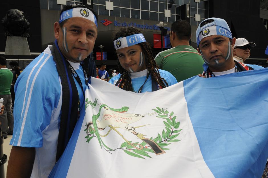 Caras pintadas, banderas y mucho amor por los colores azul y blanco. (Foto: Aldo Martínez/Nuestro Diario)