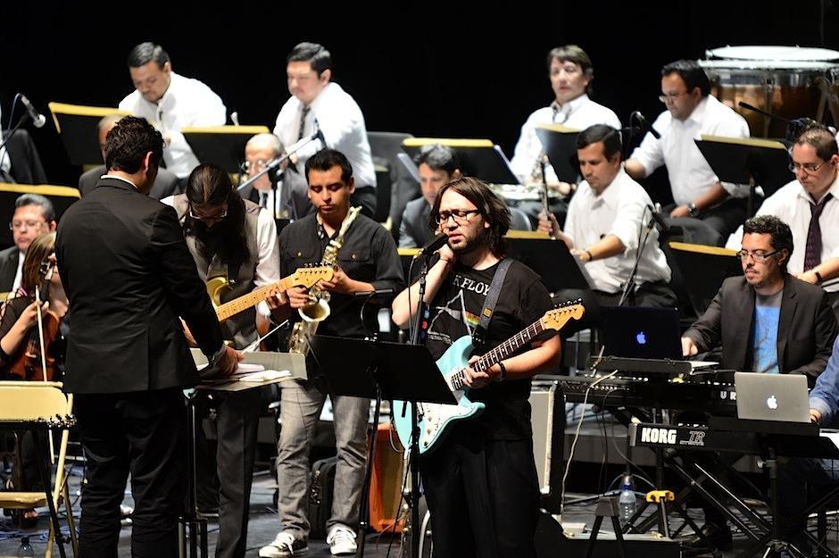 La orquesta Sinfónica Nacional de Guatemala y Simbiosis rindieron tributo a la banda británica Pink Floyd. (Foto: Selene Mejía/Soy502)