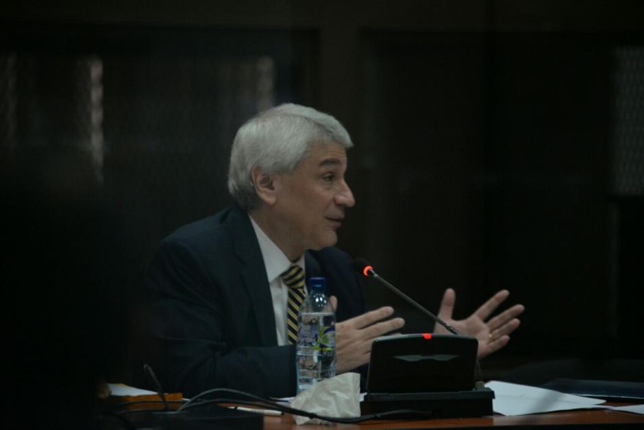 El exgerente de Claro, Enrique Castellanos, declaró en la audiencia donde el MP le sindicó el delito de financiamiento electoral ilícito. (Foto: Wilder López/Soy502)