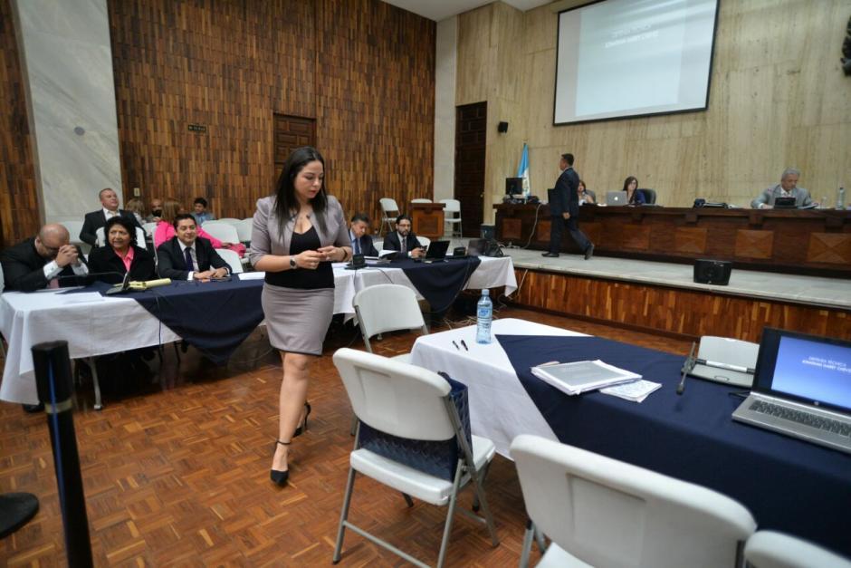 Bárbara Rosas, abogada de Chévez, tomó la palabra este lunes para solicitar que no liguen a proceso a su cliente. (Foto: Wilder López/Soy502)