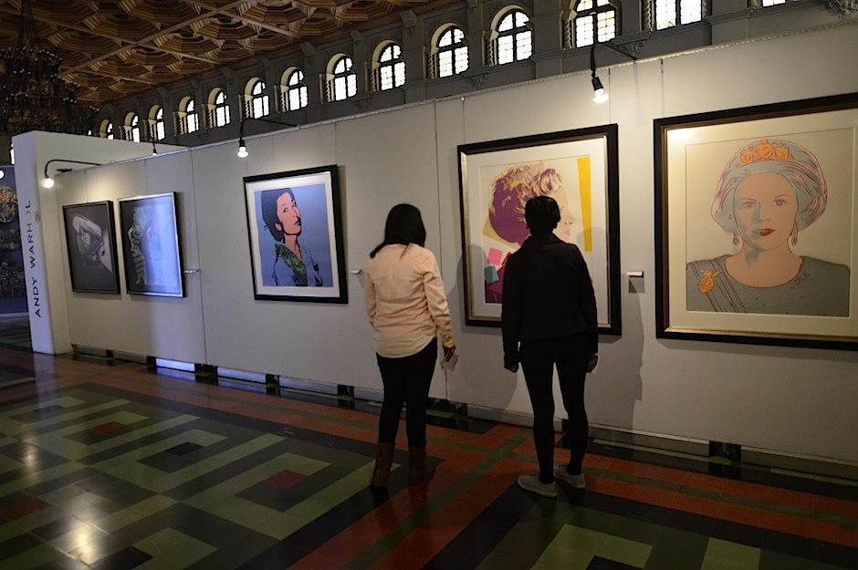 Más de 70 obras de arte pueden ser apreciadas en la muestra. (Foto: Selene Mejía/Soy502)