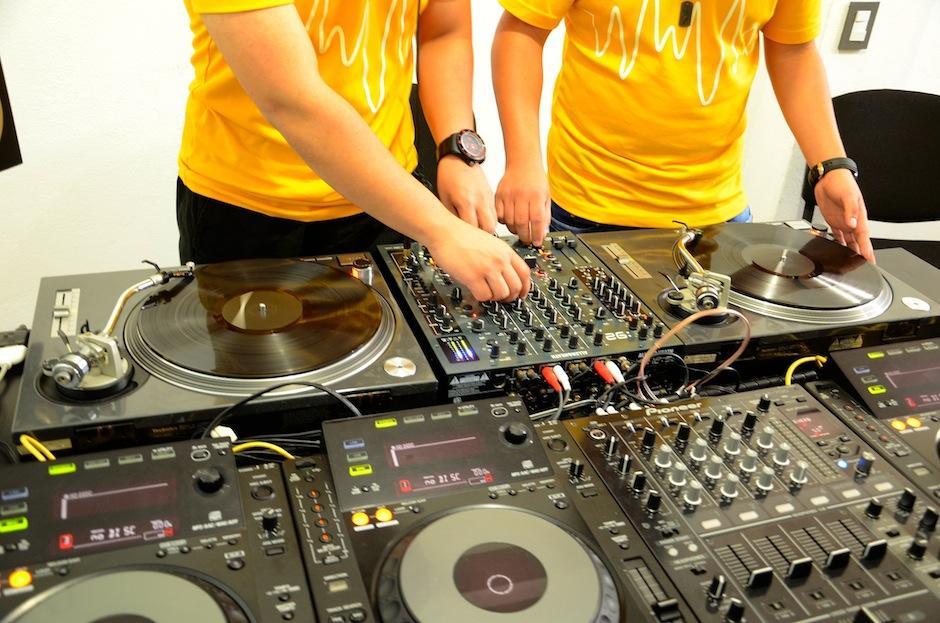 Hoy es el día del DJ y los festejamos junto a los grandes. (Foto: Selene Mejía/Soy502)