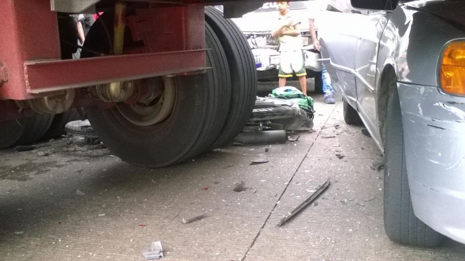 En el accidente se vieron involucrados cuatro automóviles. (Foto: Amilcar Montejo/PMT)