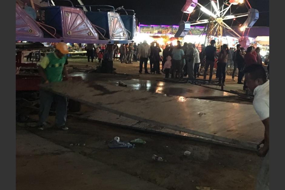 Varias personas resultaron heridas luego de que cayera un juego mecánico. (Foto: Municipalidad de Mixco)