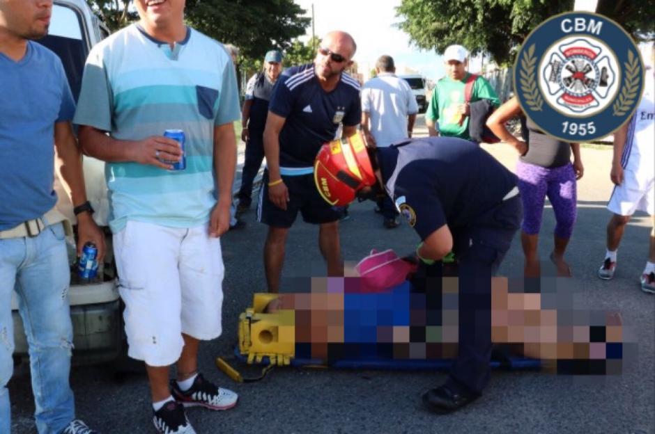 Los heridos fueron llevados al Hospital General San Juan de Dios.  (Foto: Bomberos Municipales)