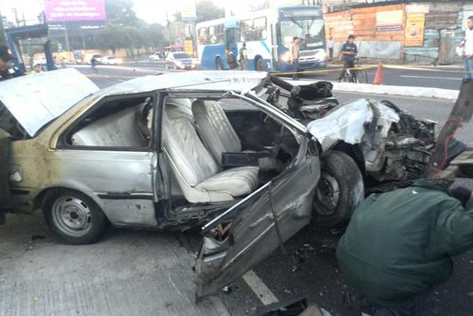 A partir de las 7 la mañana el vehículo fue retirado del lugar y el tránsito volvió a fluir con normalidad. (Foto: Dalia Santos/PNC)