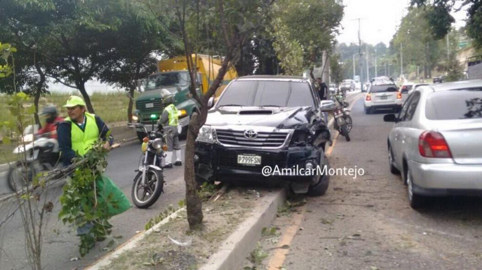 Uno de los accidentes tuvo lugar sobre la calzada La Paz. (Foto: Twiitter/@Amilcar Montejo)