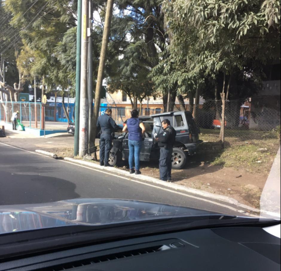 Otro incidente vehicular fue reportado sobre la calzada Atanasio Tzul. (Foto: Twitter/@jobs900)