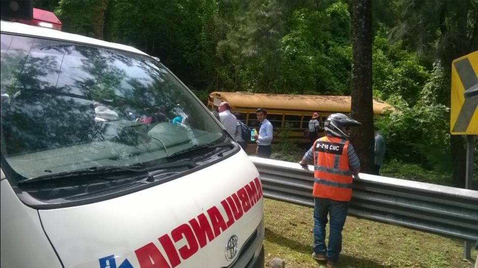 El accidente dejó 35 heridos según los cuerpos de socorro. (Foto: Twitter/@BVoluntariosGT)