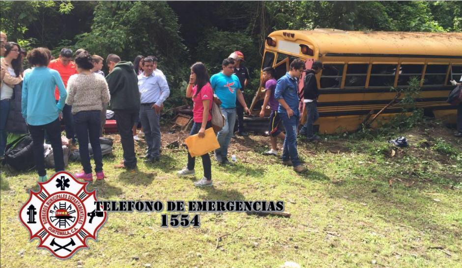 Bomberos Municipales Departamentales y Voluntarios cubrieron la emergencia. (Foto: Twitter/@CBMDEPTAL)