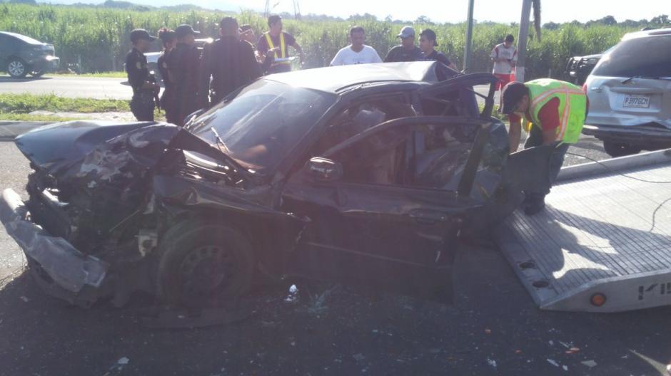 Al menos diez personas resultaron heridas en un accidente de tránsito en la utopista Palín, Escuintla. (Foto: @sokala_kolocho)