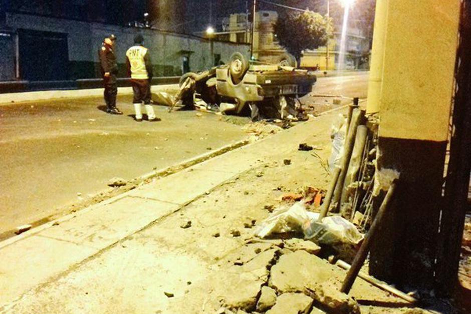 Un grave accidente se produjo durante la madrugada de este miércoles, lo cual complicará el tránsito vehicular de ingreso a la capital. (Foto: Dalia Santos/PNC)