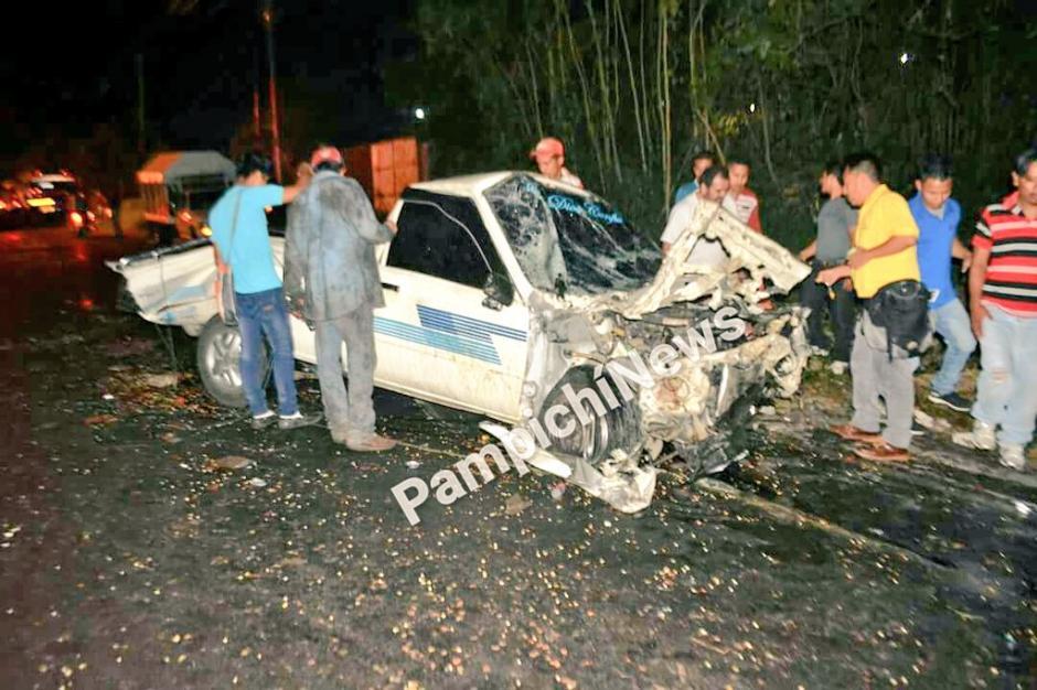 Un persona murió durante un accidente de tránsito en la carretera que de Palín conduce a Escuintla. (Foto: Pampichí News)