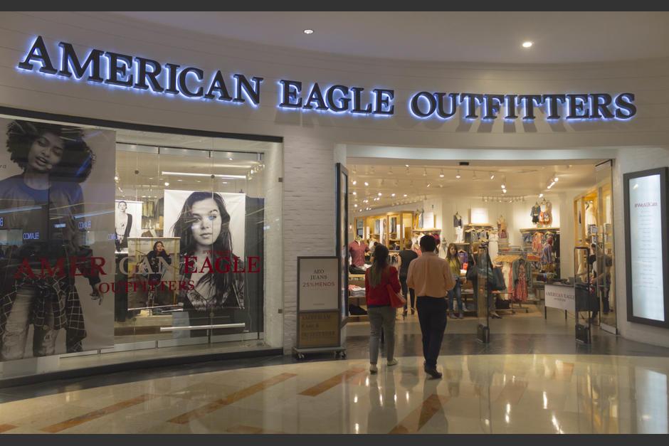 American Eagle Outfitters introdujo una nueva colección a su tienda. (Foto: Eddie Lara/Soy502)