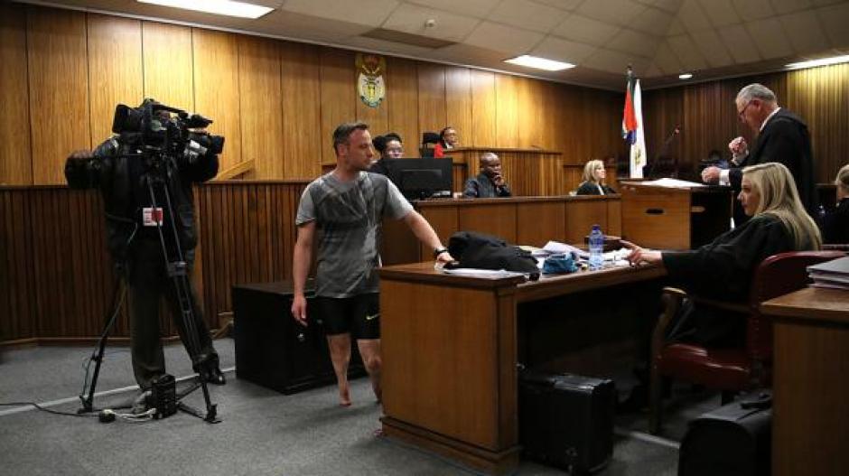 Muchos calificaron de humillación a la caminata que fue sometido a realizar Pistorius. (Foto: AFP)