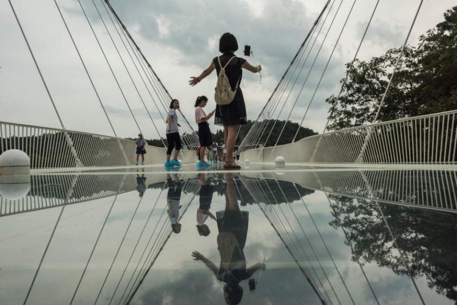 El puente no está diseñado para quienes temen a las alturas, pero está abierto a todo público. (Foto: AFP)