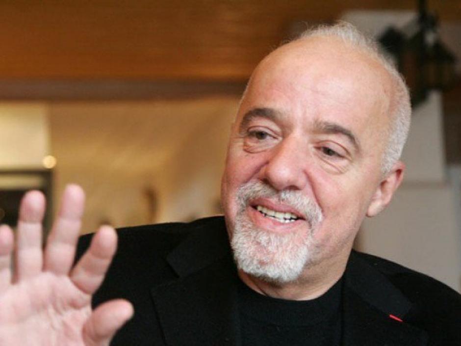 Paulo Coelho se mostró molesto con esta noticia. (Foto: AFP)