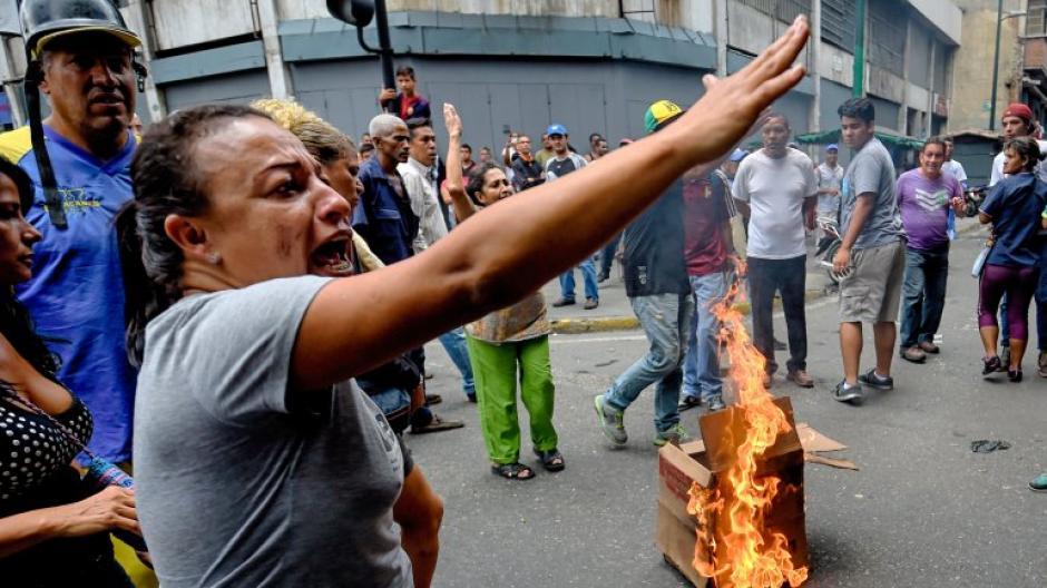 Los venezolanos exigían a Maduro una solución a la falta de comida. (Foto: AFP)