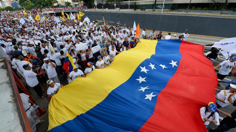 Los organizadores de la Toma de Caracas calculan que miles de personas se concentraron en siete puntos de la ciudad. (Foto: AFP)