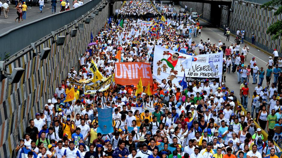 Los venezolanos exigen que se active el referendo revocatorio contra Maduro. (Foto: AFP)