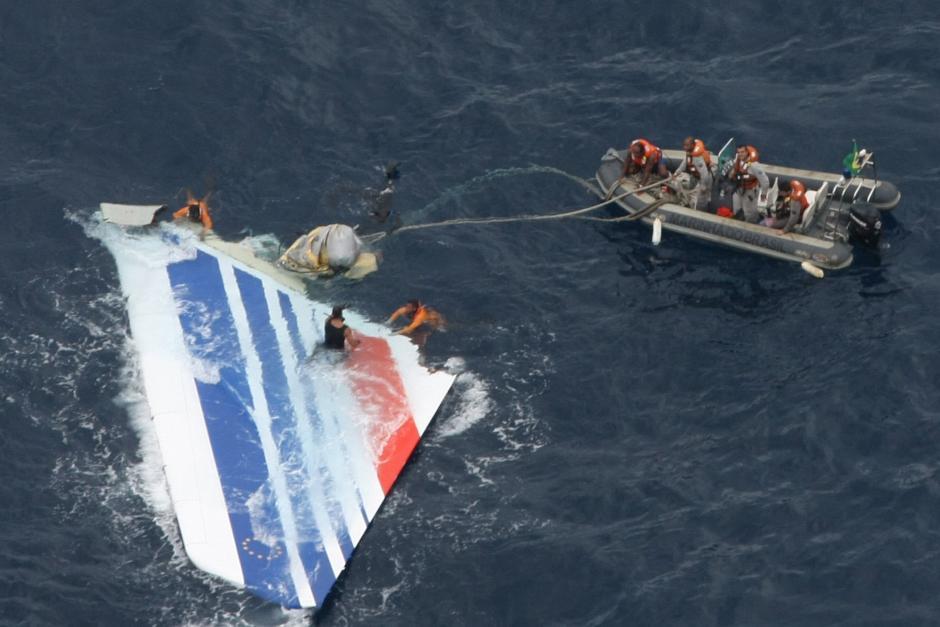 Los restos del Airbus se encontraron varios días después en el Océano Atlántico.