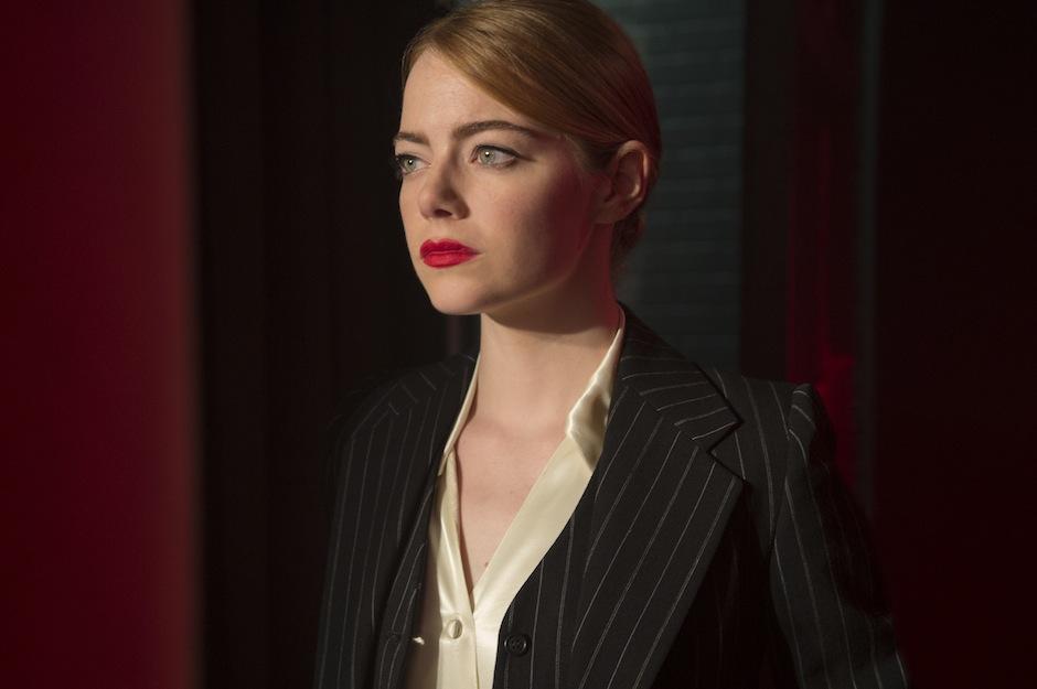 Verás a Emma Stone moviendose al ritmo de la trama. (Foto: Billboard)